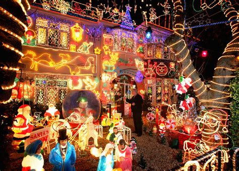 best decorated homes for christmas best outdoor christmas decorations cbs news