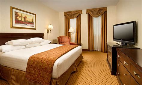 room at the inn st louis drury plaza hotel st louis at the arch drury hotels