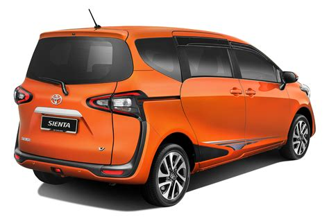 mobile toyota catch the toyota sienta mobile truck autoworld my