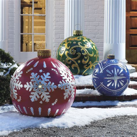 Outdoor Christmas Ornaments | massive outdoor lighted christmas ornaments the green head