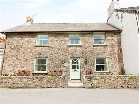 old smithy cottage laugharne broadway self catering