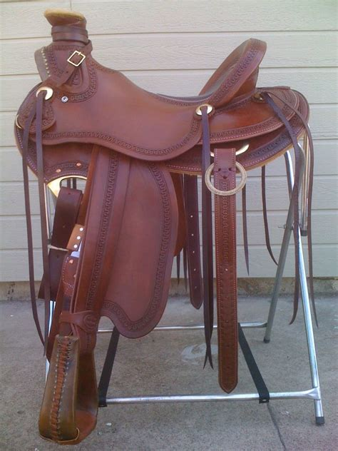 Handmade Western Saddles - wade and ranch saddles