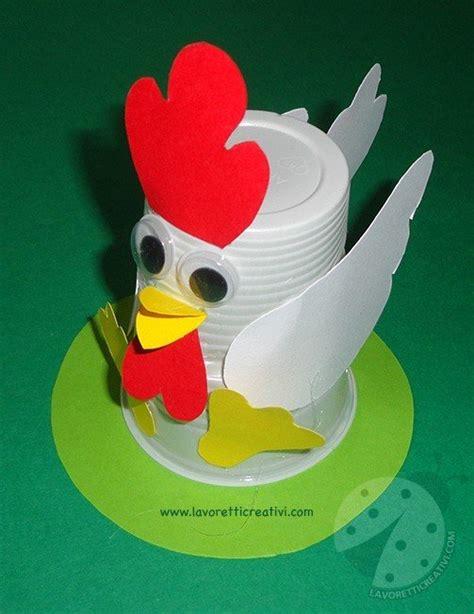 lavoretti con bicchieri di plastica lavoretti di pasqua gallina con bicchiere di plastica