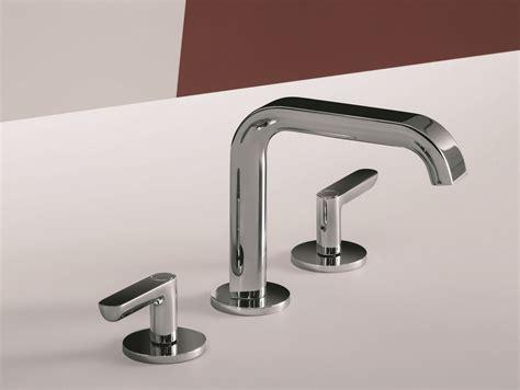rubinetti per lavabo da appoggio gruppo lavabo a 3 fori da appoggio e a parete deco icona