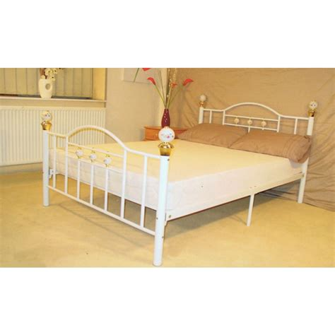 Skyline Bed Frame Skyline Black Or White Metal Bed 4 6 Quot 4 6 Quot Metal Beds Beds