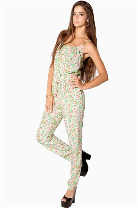 green pattern jumpsuit jumpsuit floral green daisy pattern print white