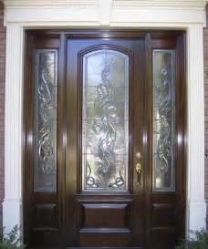 Click to return to view the traditional estate doors collection