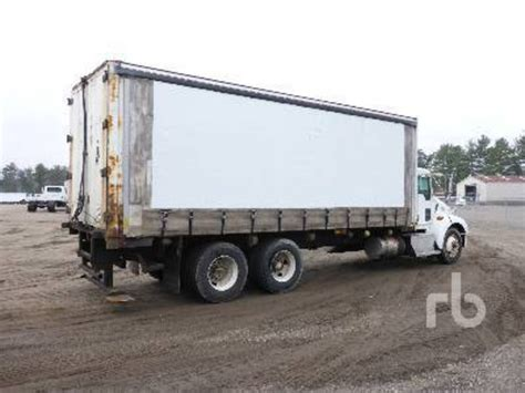 kenworth box truck kenworth t300 van trucks box trucks for sale 134 used