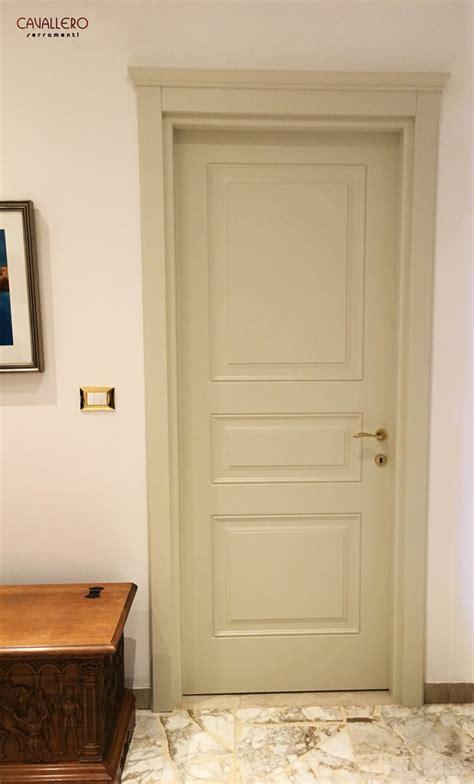 pannelli porte interne foto porte interne in legno massiccio