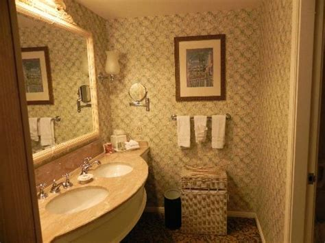 grand floridian rooms grand floridian room 5209 sinks picture of disney s grand floridian resort spa orlando