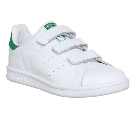 stan with a adidas stan smith a scratch animalcare fr