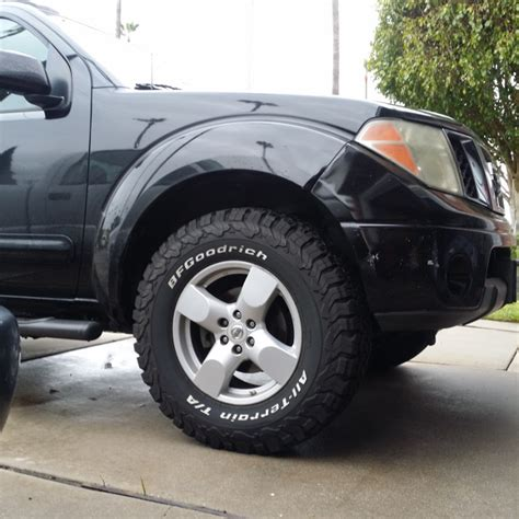 Nissan Frontier Tires by S 2008 Nissan Frontier Crew Cab Le
