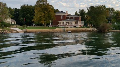 lake erie house rental complete home rental on the water lake erie island 6 br