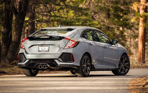 hatchback cars 2017 honda civic hatchback sport test motor trend