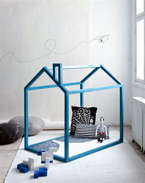 diy playhouse 10 awesome cubby houses tinyme
