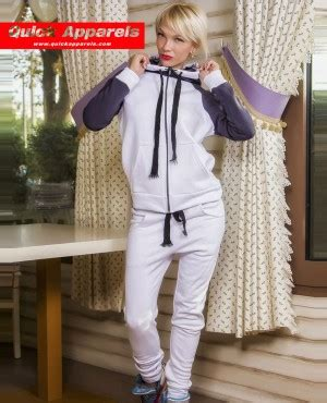 hood babes sweat suit red white 99828 at hoodboyz women pullover sweat it sweat suit nude
