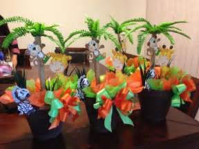 baby shower table decorations jungle theme 1000 ideas