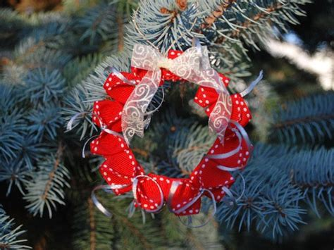 Origami Wreath Ornament - origami wreath ornament with sewing collective