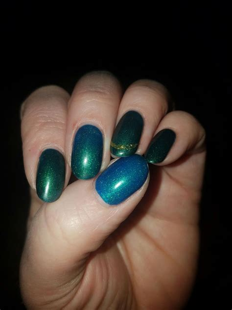 color changing shellac this color changing shellac gel emerald green