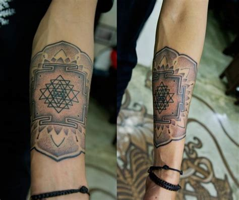 sri yantra tattoo sri yantra lotus mandala tattoos mods