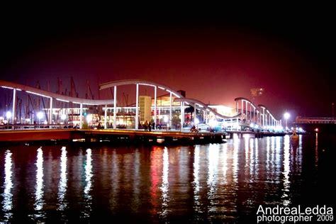 barcellona porto barcellona il porto in notturna viaggi vacanze e