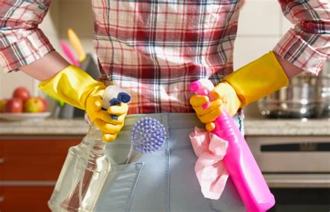 party clean clean up fast before a party quick cleaning tricks and tips