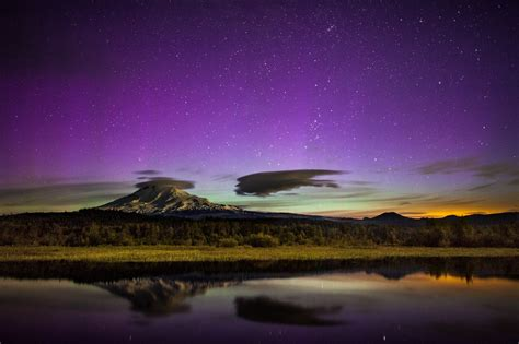 Northern Lights Washington State by Borealis In Washington State Starlisa Black