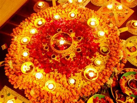 Ideas To Decorate Home For Diwali Mehndi Thaals And Plates Decoration Mehndi Plates