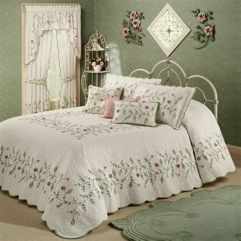 quilted bedding posy floral oversized quilted bedspread bedding