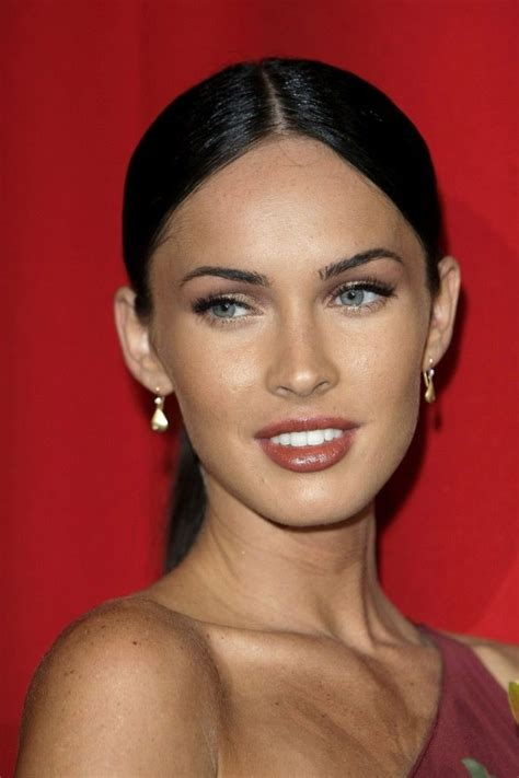 hair parting comes forward megan fox s middle parting low ponytail hair