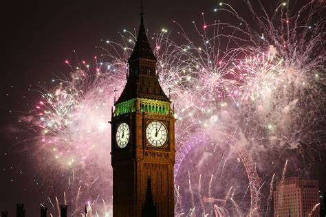 new year celebration manchester 2015 fireworks and festivities usher in 2016 around the globe