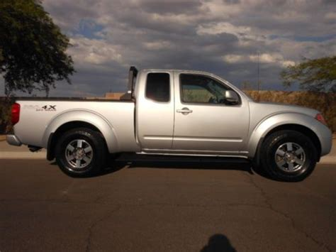 books on how cars work 2010 nissan frontier lane departure warning purchase used below book nr 2010 nissan frontier pro 4x 4x4 v6 king cab 6 speed 42k miles in