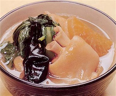 what is considered comfort food pig s feet soup ashitibichi in okinawan is a warm soul