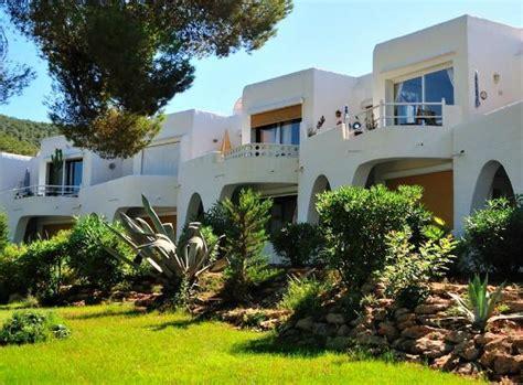 apartamentos siesta mar updated  prices condominium reviews ibizasanta eulalia del rio