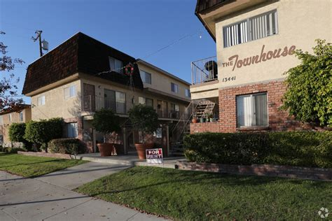 townhouse apartments rentals whittier ca