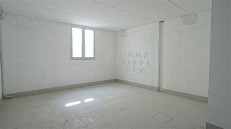 appartamento vendita lago di garda appartamenti in vendita a lazise lago di garda immogarda