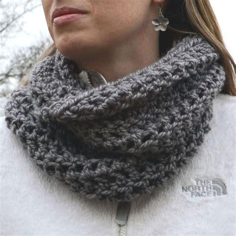 cowl pattern bulky yarn crochet in color accidental cowl