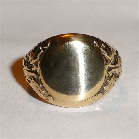 antique 10k gold signet ring from