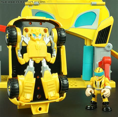 Bumblebee Garage transformers rescue bots bumblebee bumblebee rescue garage gallery image 37 of 78