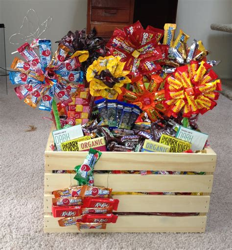 christmas raffle themes love the way they displayed the candy in this basket