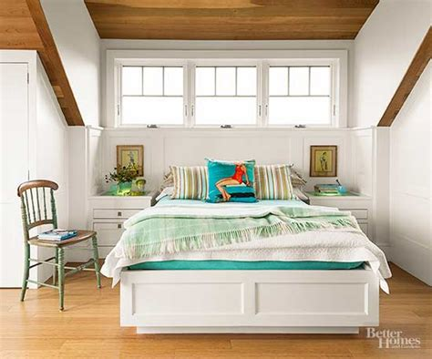 how to decorate a small master bedroom how to decorate a small bedroom