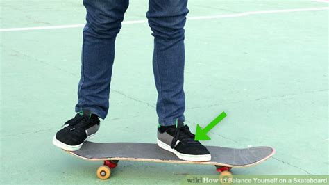 how to your to ride a skateboard 3 ways to balance yourself on a skateboard wikihow