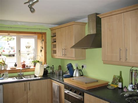 Kitchen Coving by Paint Kitchen Walls And Apply Coving Painting