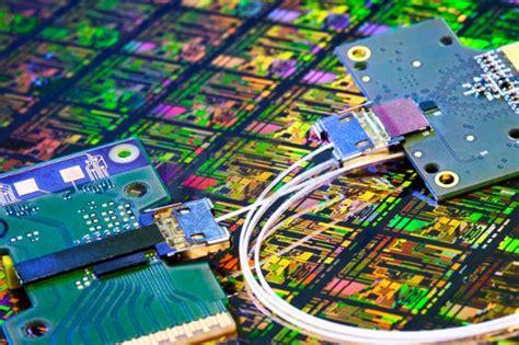 photonic integrated circuit intel world of electronics silicon photonics