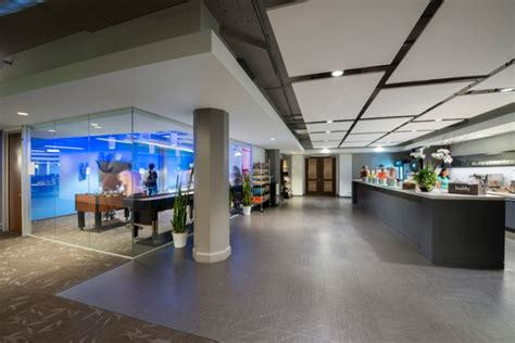 Global Retail Interiors by Global Headquarters By Ia Interior Architects San