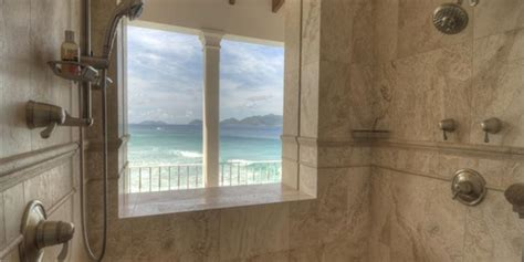 haute real estate pictures inside billionaire bathrooms