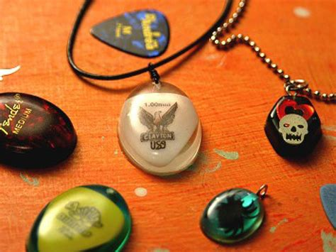 How To Make Handmade Jewelry - create a sensation with rock necklaces diy