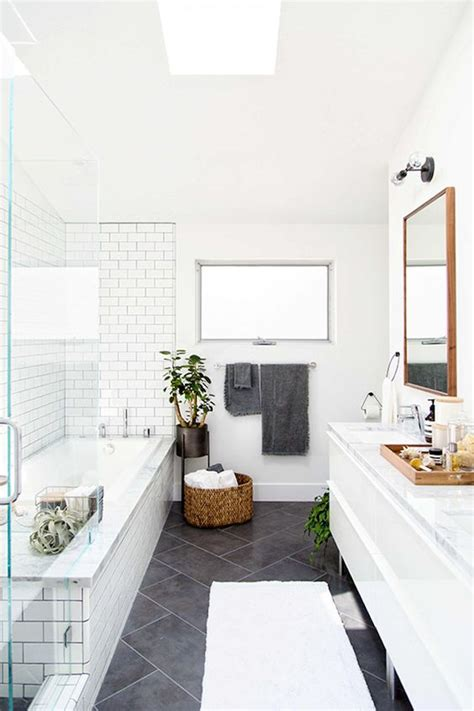 33 chic subway tiles ideas for bathrooms digsdigs 33 chic subway tiles ideas for bathrooms digsdigs