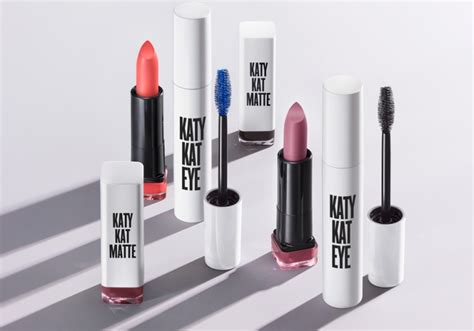 Lipstick Line katy perry is launching a makeup line and we it 29secrets