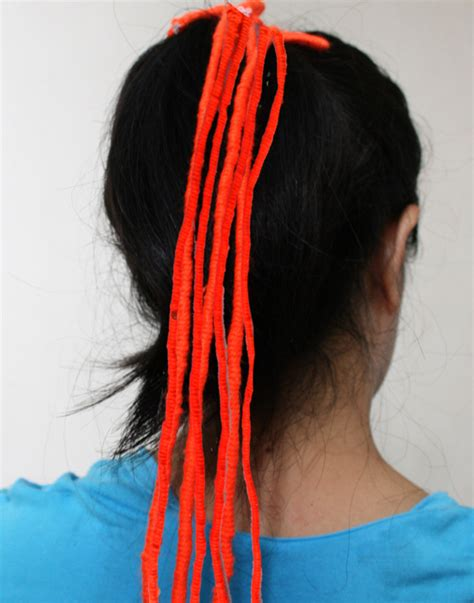 steps for doing yarn dreads how to make inexpensive yarn dread falls 10 steps